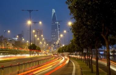 Vì sao đèn tại các ngả đường lại sử dụng bóng đèn ánh sáng vàng